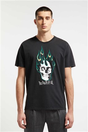 t-shirt-with-embroidery-and-print