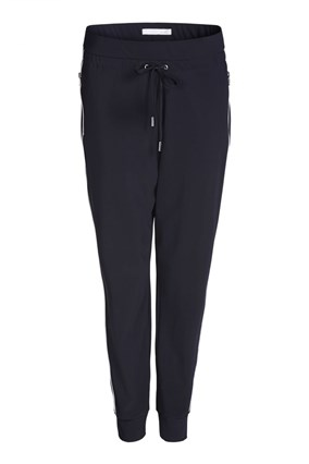 chic-joggers-relaxed-fit