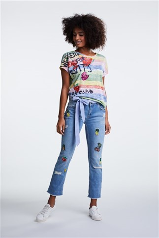 casual-denim-with-fruit-badges-relaxed