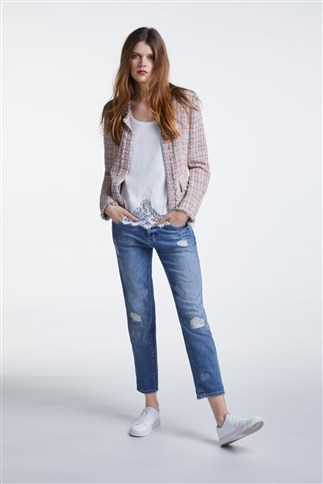 bouclé-jacket-with-lurex-and-beads