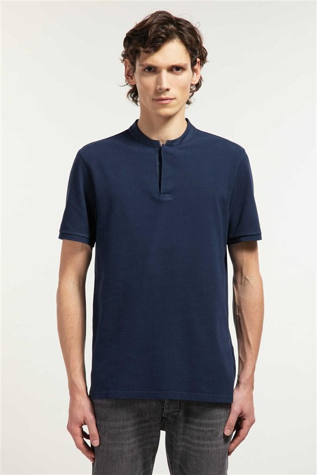 casual polo-shirt
